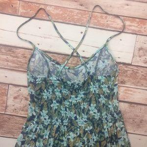 Hollister Dresses - Hollister Floral Adorable Cross Back Dress